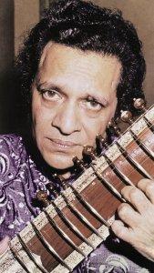 Умер индийский музыкант Рави Шанкар (Г)