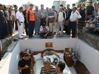 Как проходят мусульманские похороны цены на памятники орёл без посредников