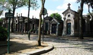 Знаменитое парижское кладбище Пер-Лашез
